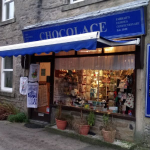 Denholme Gate Honey Stockist - Chocolace